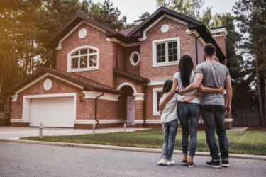 親世帯の近くに不動産を購入することのメリットについて