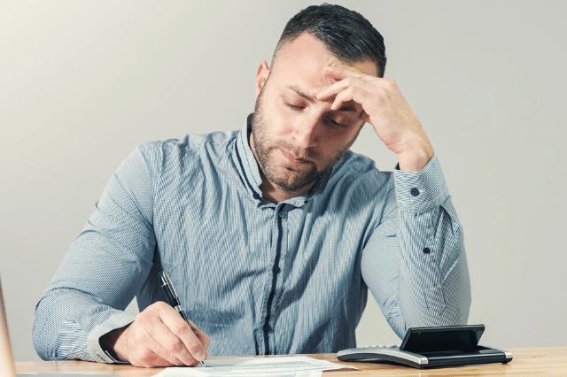 税理士に依頼する際の注意点