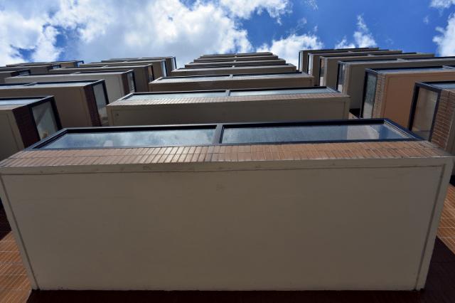 一棟マンションの投資用不動産を購入時にチェックすべきバルコニーの種類とは?