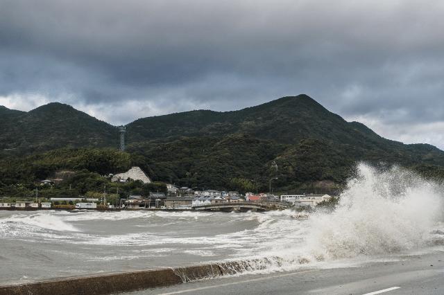 台風の被害は火災保険でどこまで補償してもらえる?