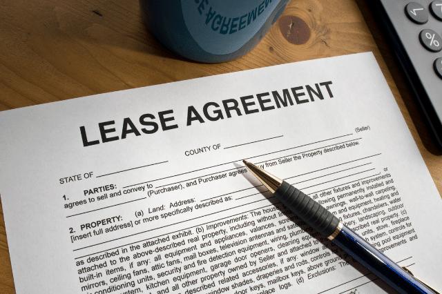 高齢者と交わす賃貸借契約書に記載しておきたい内容
