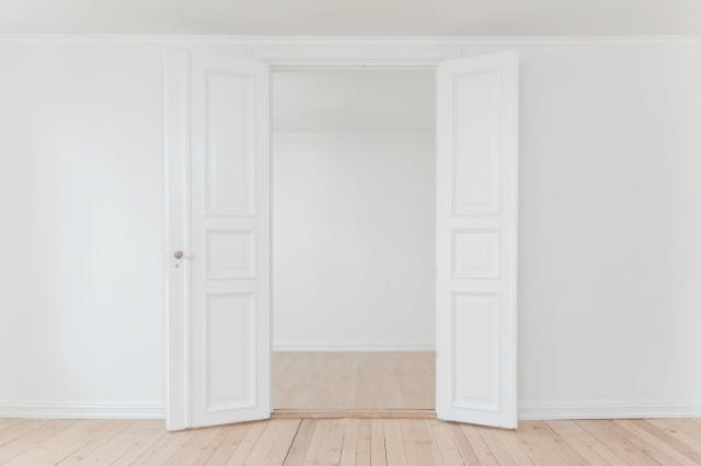 不動産投資の閑散期における空室の原因